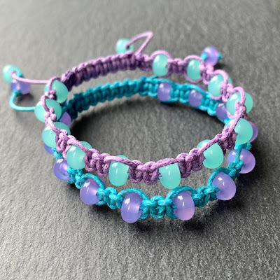 Handmade macramé bracelet with lampwork beads by Laura Sparling