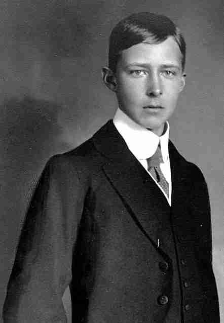 Sigismund Prinz von Preußen (* 27. November 1896 in Kiel; † 14. November 1978 in Puntarenas, Costa Rica)