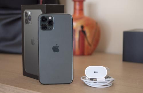 مراجعة ايفون 11 برو ماكس الشاملة iPhone 11 Pro Max Review
