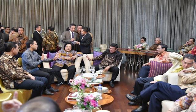 Jika Reshuffle Terjadi, Ini 5 Menteri yang Layak Diganti