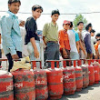 Technodhuniah:Worlds of Information Technology: Delhi government has started cracking down on black marketing of domestic LPG cylinders