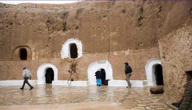 A classic Berber troglodyte, constructed underground centuries ago, the Hotel Sidi Driss is a well-known filming places of Star Wars. It remains open all the yearlong and is well decorative. Among the 5 pits of the hotel, 4 are used for rooms and 5th one is a restaurant.