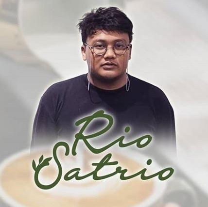 Lirik Rio Satrio - Senja, Diaksara Bintang