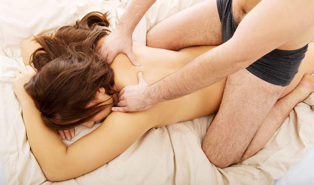 How To Give A Girl A Massage