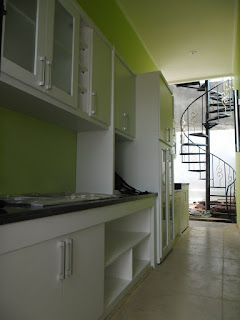 Kitchen Set Warna Putih Bersih + Furniture Semarang