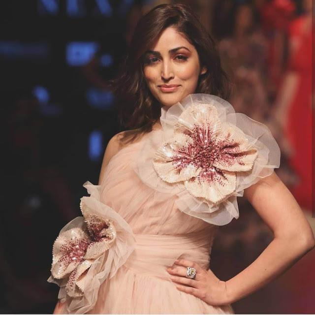 lakme fashion week 2019: bollywood actress photos