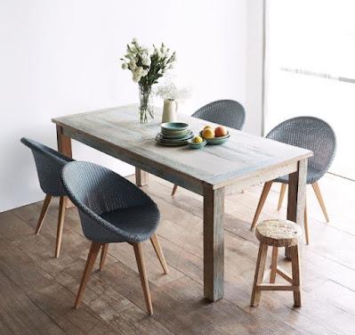 Rustic dining table idea