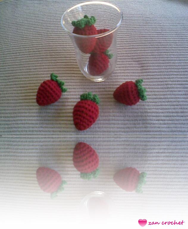 Crochet heart cake keyring Strawberry kayring Mini key fob Cute ... | 769x632
