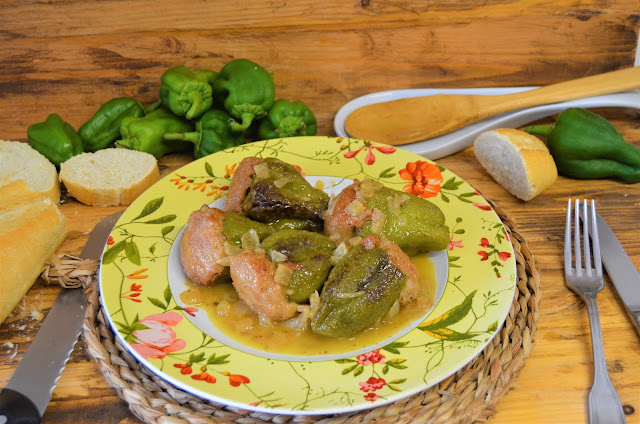 Las delicias de Mayte, pimientos rellenos de mi suegra, pimientos rellenos, pimientos rellenos en salsa, pimientos rellenos de carne, pimientos rellenos de carne receta de mi suegra, pimientos rellenos de carne picada,