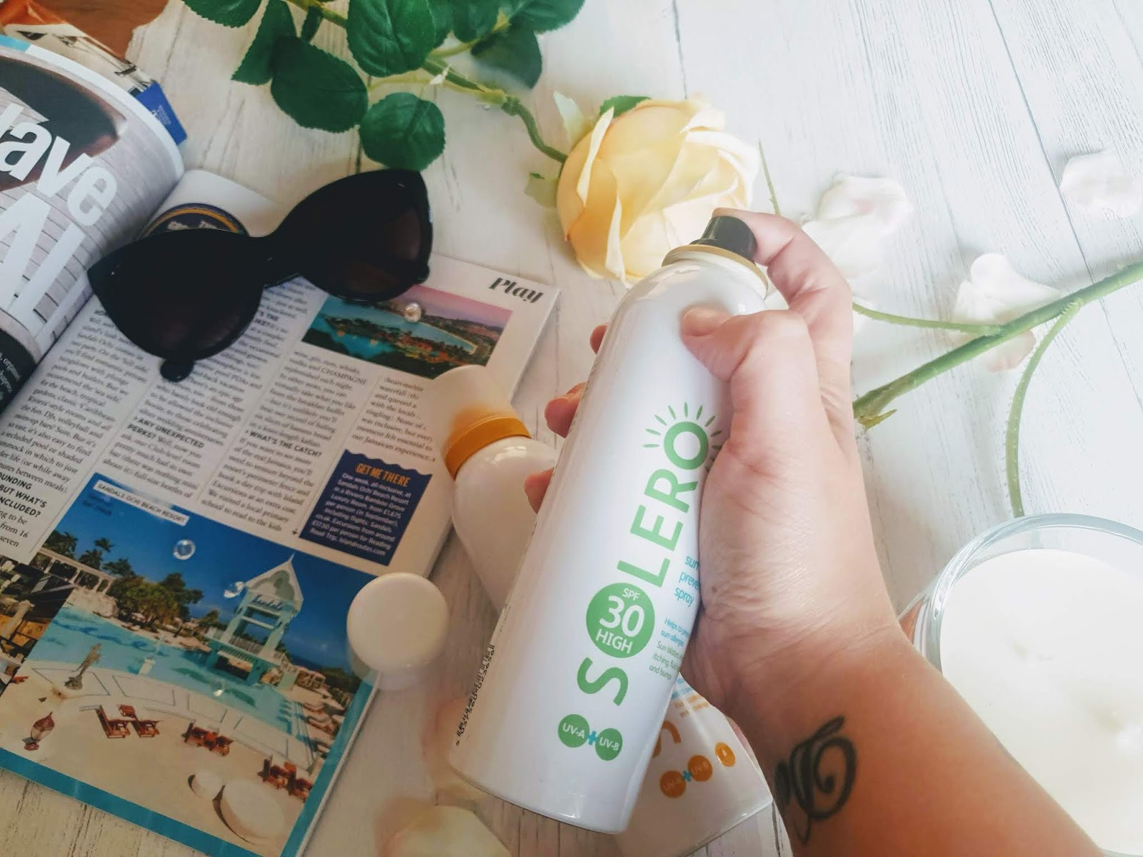 Suncare with LloydsPharmacy Solero