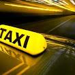 odigos-taxi-afxane-to-komistro-me-asirmato-tilechiristirio