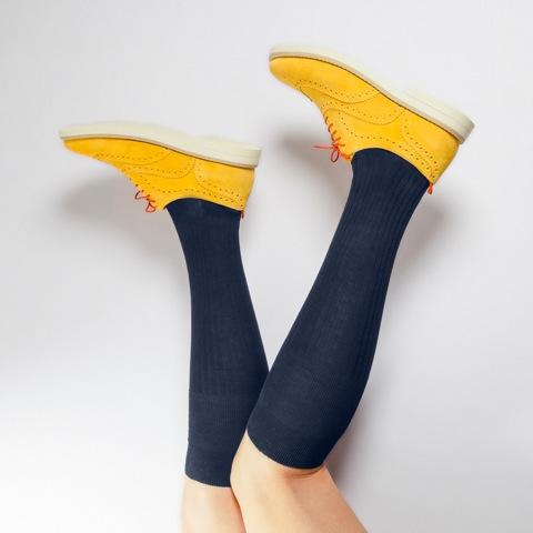 Socksieté, dall'8 aprile anche gli uomini faranno shopping di calze e intimo
