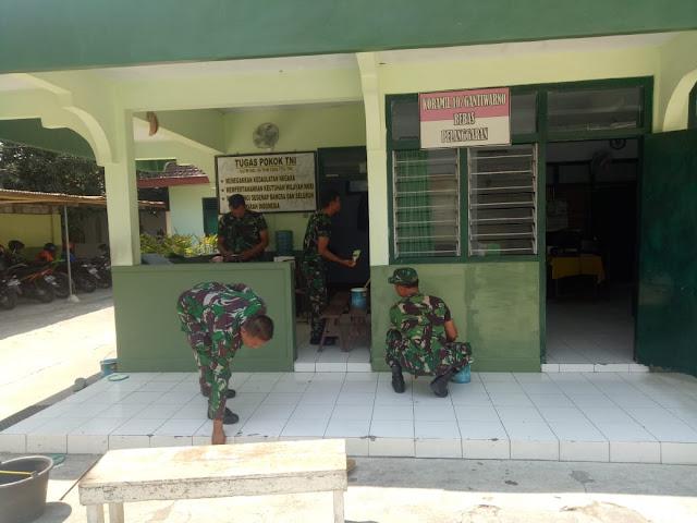 Koramil Gantiwarno melaksanakan Pemeliharaan Bangunan