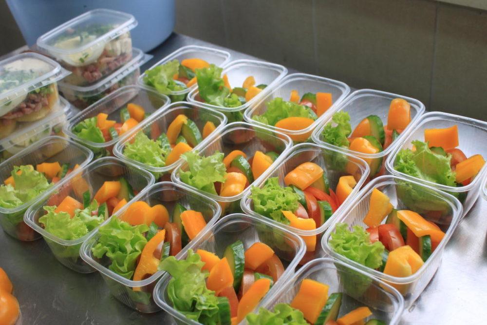 Salad manufacturing