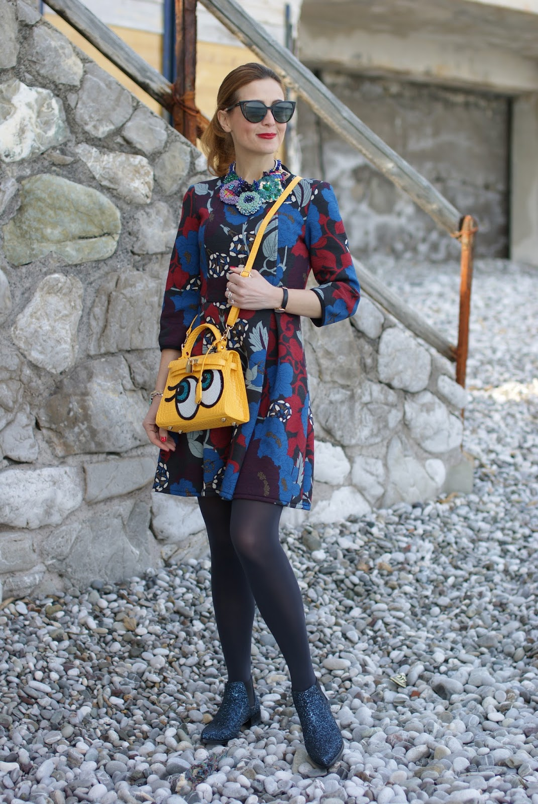 Fleece floral dress, abito in felpa, PLAYNOMORE SHYGIRL bag in yellow buttercup on Fashion and Cookies fashion blog, fashion blogger style