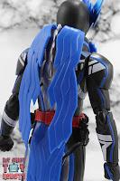 S.H. Figuarts Kamen Rider Blades Lion Senki 10