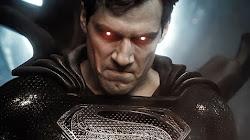 Superman và Batman trong bộ giáp Max, ai sẽ mạnh hơn?