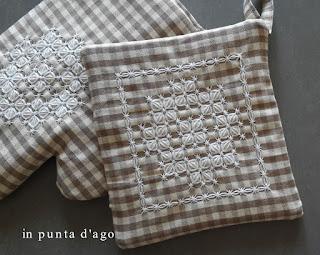 http://silviainpuntadago.blogspot.it/2017/11/per-la-cucina.html