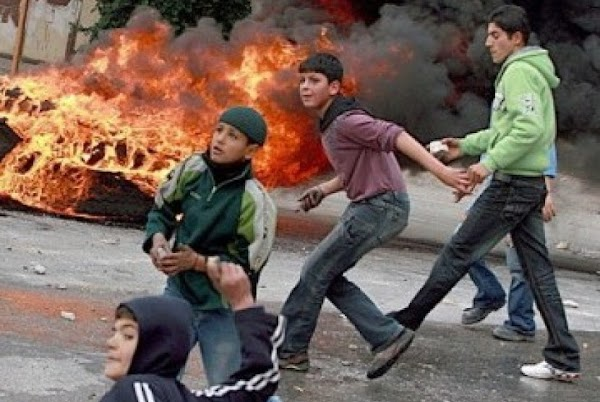 Tetap Kejam, Tentara Israel Pukuli Remaja Palestina Hingga Tewas