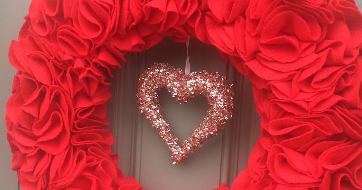 Liz Schultes Bat Country DIY Valentines Day Wreath