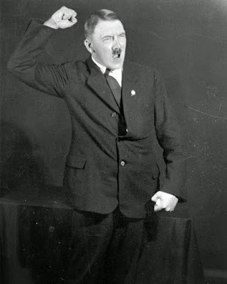 Kekejaman Tentara NAzy dan Adolf Hitler