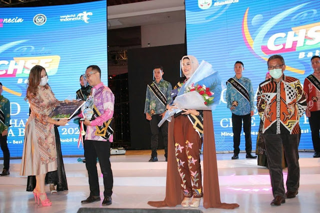 Landung dan Missy Jadi Duta CHSE Batam 2020 #BataMiliKita