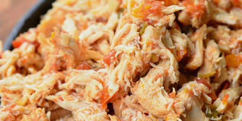 Simple Crock Pot Salsa Chicken
