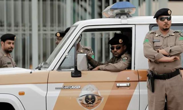 الشرطة السعودية تُلقي القبض على خمسة سودانيين قاموا بتحويل 500 مليون ريال