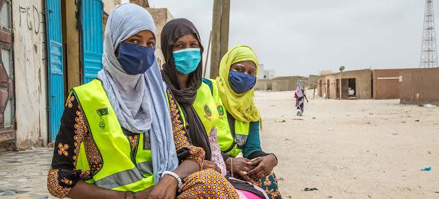 Jóvenes voluntarios concienciando sobre la COVID-19 en Nouakchott, Mauritania.UNICEF/Raphael Pouget