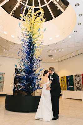 bride and groom at orlando museum of art