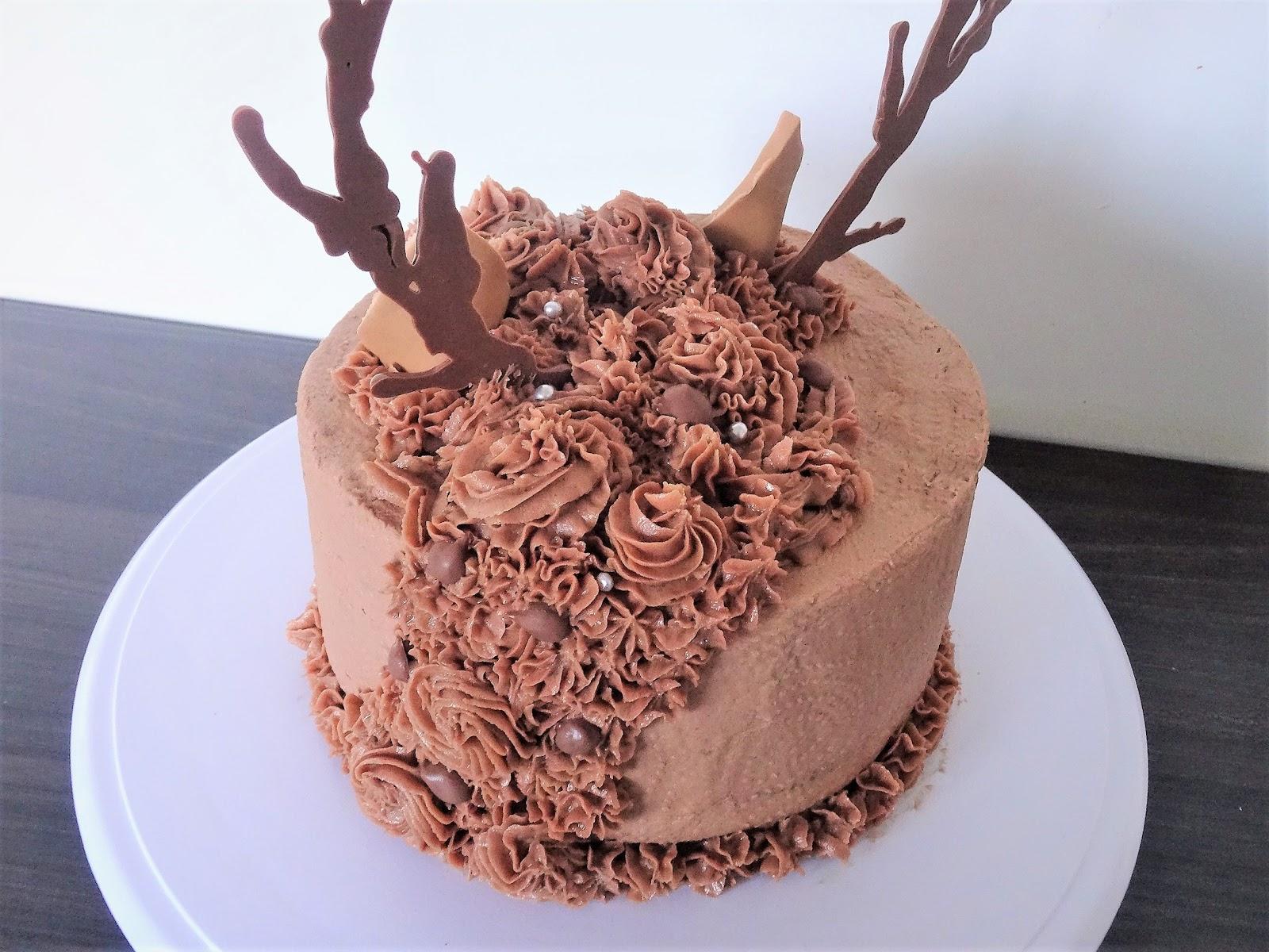 Joyce bakt rendier taart for Rendier gewei decoratie