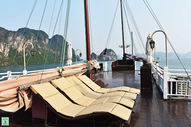 Terraza superior del Bhaya Classic Cruises