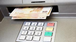 Με μόλις 3 δικαιολογητικά παίρνετε 720 ευρώ από τον ΟΑΕΔ!