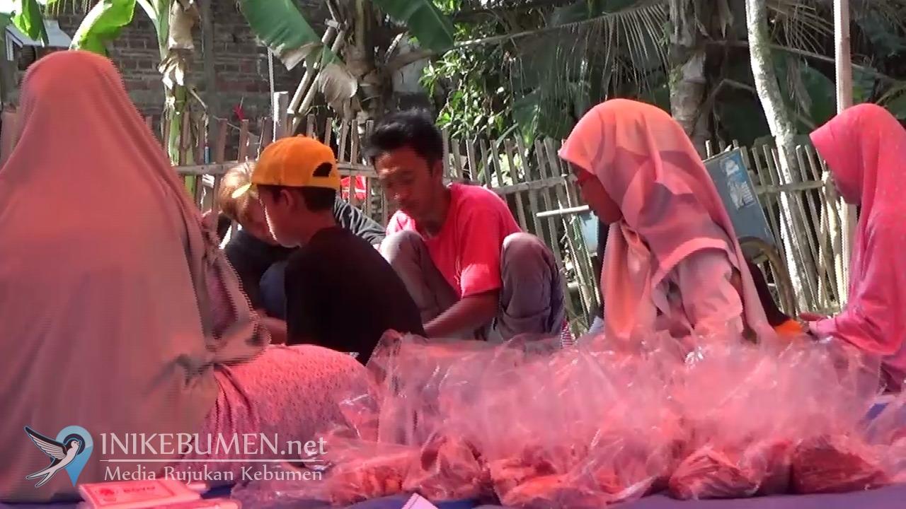 Rayakan Idul Adha, PKS Kebumen Kurban 3 Sapi dan 8 Kambing