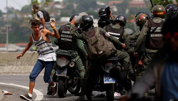 Foro Penal reporta que entre el 01 de abril hasta el 24 de mayo hubo 2.815 arrestos durante protestasen contra la dictadura