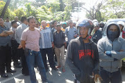 Forum Pemerhati Pemilu Damai Kabupaten Pinrang Turun Ke Jalan Suarakan Aksinya.