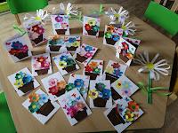 Srdíčka a květinky pro maminky