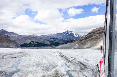 哥倫比亞冰原, Columbia Icefield, Glacier adventure, 冰川車, ice explorer
