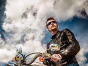 Pentingnya Menjaga Kesehatan Mata Untuk Para Bikers