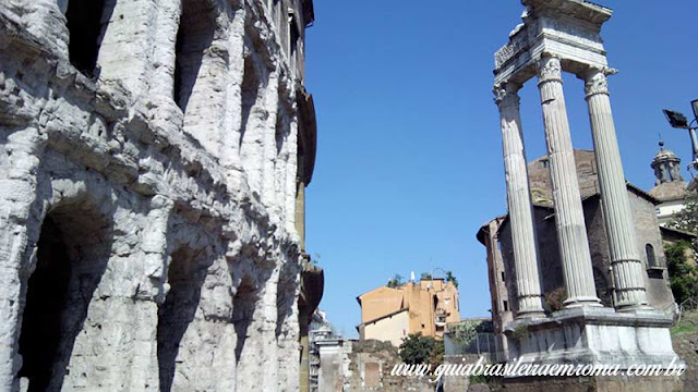 Teatro Marcelo de Roma e templo de Apolo Sosiano