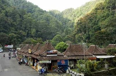 Taman Wisata Kaliurang Tempat Wisata Yogyakarta Yang Menarik Taman Wisata Kaliurang Tempat Wisata Yogyakarta Yang Menarik
