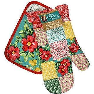 Pioneer Woman Patchwork Kitchen Set Oven Mitt, Pot Holder and Vintage Floral Geo Kitchen Towels  on Nikhilbook