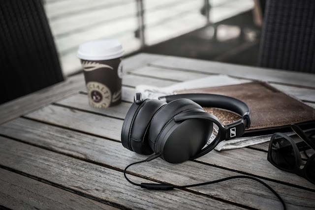 Giới thiệu tai nghe Sennheiser HD 4.30
