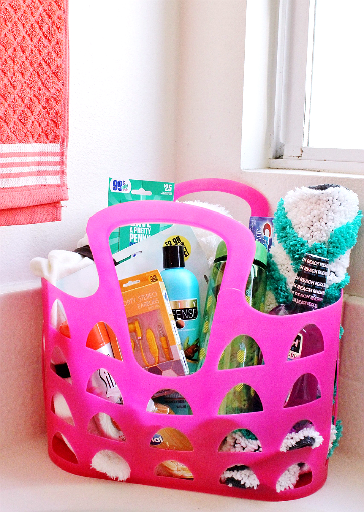 Back To School gift ideas on a budget for college students- #DoingThe99 #99YourSchoolYear #AD