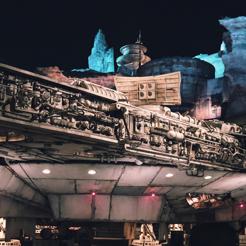 Night Star Wars Galaxys Edge Disneyland