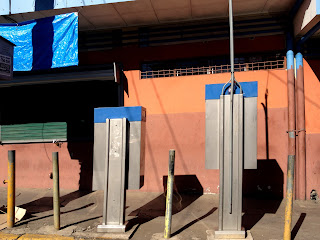 pay phones on street in Puriscal
