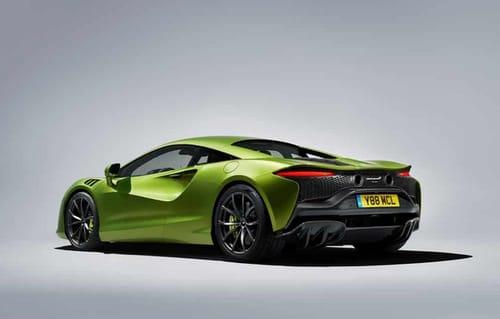 McLaren unveils its Artura hybrid