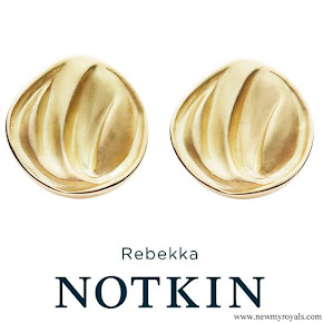 Crown Princess Mary Rebekka Notkin Carved Gold Earrings