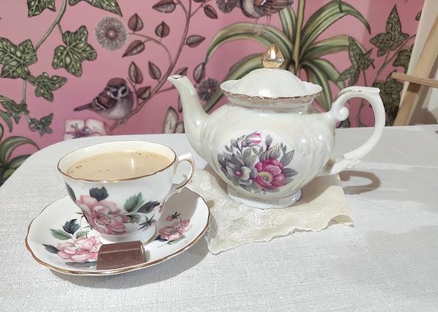 pink floral tea pot  tea cup