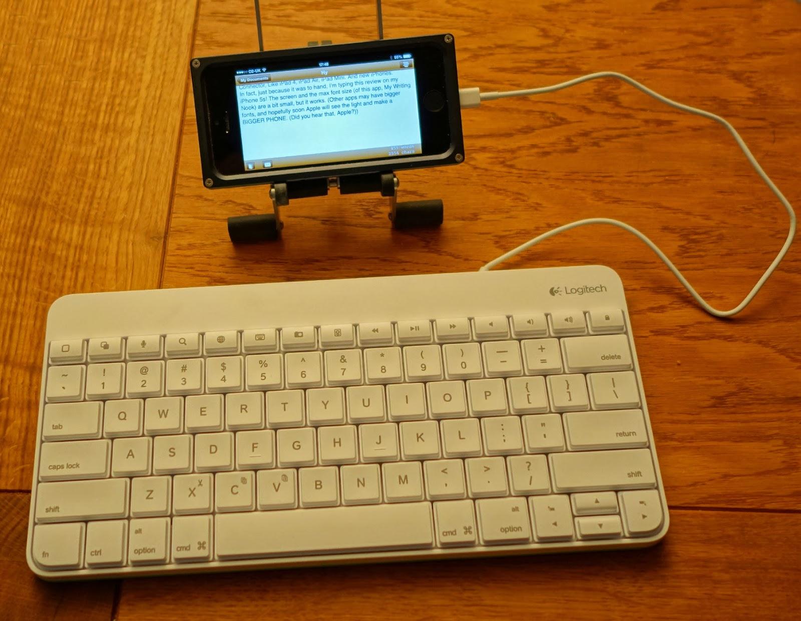 ereaderjoy a great portable writing station logitech wired keyboard clicky. Black Bedroom Furniture Sets. Home Design Ideas